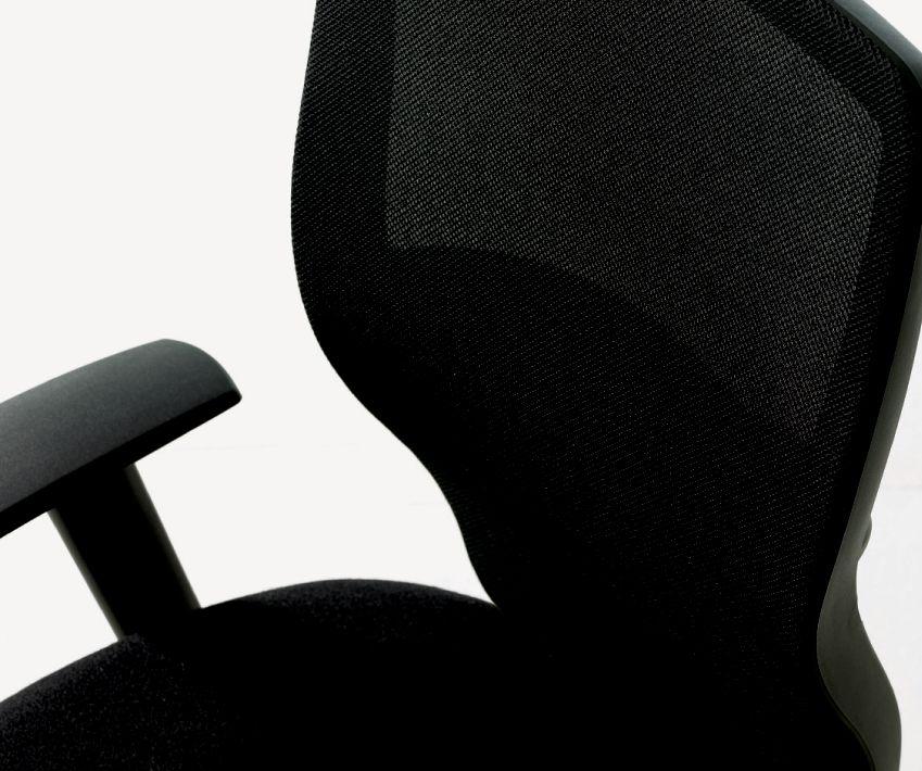 T3 Task Chair - 3/4 View Mesh Back.tif