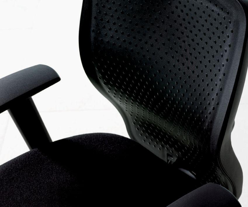T3 Task Chair - 3/4 View Plastic Back.tif