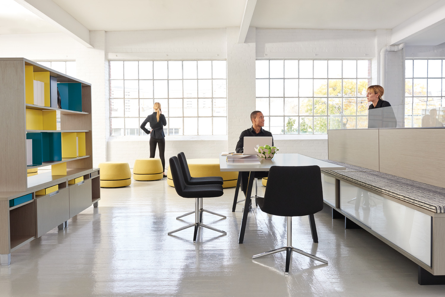 modern office - teknion offers an unparalleled range of systems and freestanding furnituretask chairs and soft seating storage space division products andaccessories
