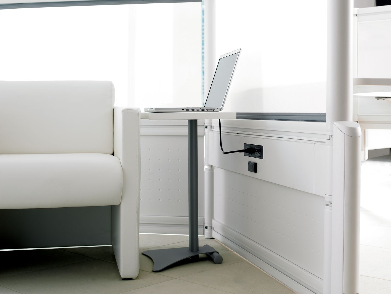 ie Modular Office Furniture - Electrics